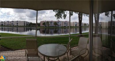 Tamarac FL Condo/Townhouse For Sale: $225,000