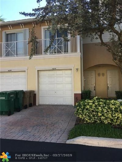 Davie Condo/Townhouse For Sale: 4654 SW 75th Way
