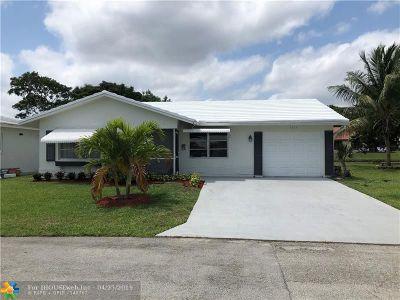 Tamarac Single Family Home For Sale: 7205 NW 73rd Av