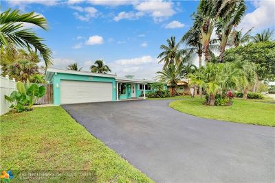 Pompano Beach Single Family Home For Sale: 251 SW 18 St