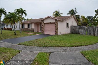 Sunrise FL Single Family Home For Sale: $265,000
