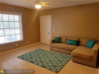 Fort Lauderdale FL Condo/Townhouse For Sale: $140,000