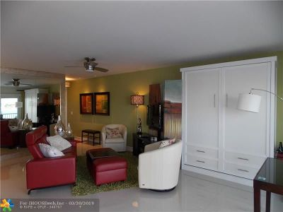 Pompano Beach Condo/Townhouse For Sale: 1201 S Riverside Dr #307