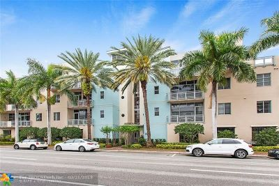 Delray Beach Condo/Townhouse For Sale: 365 SE 6th Ave #S308