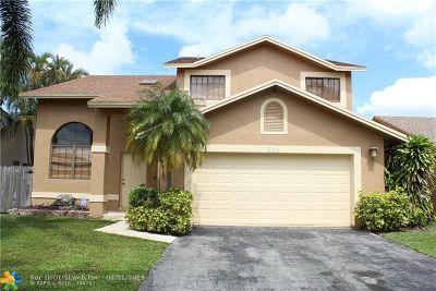 Dania Beach Single Family Home For Sale: 223 SE 8th St