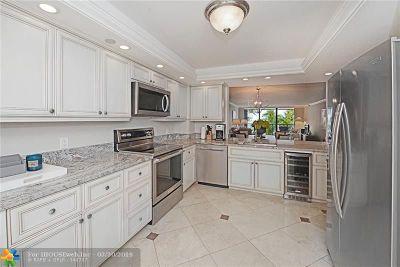 Hillsboro Beach Condo/Townhouse For Sale: 1167 Hillsboro Mile #202
