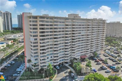 Fort Lauderdale Condo/Townhouse For Sale: 3300 NE 36th St #820