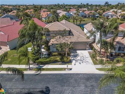 Pembroke Pines Single Family Home Backup Contract-Call LA: 1522 E Lacosta Dr