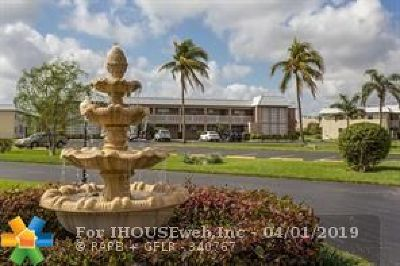Boca Raton Condo/Townhouse For Sale: 9886 Marina Blvd #615