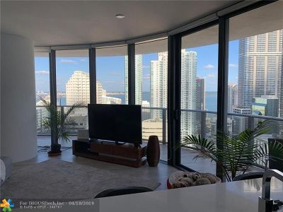 Miami Condo/Townhouse For Sale: 45 SW 9th St #2603