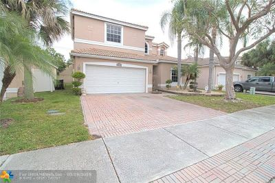Coconut Creek Single Family Home For Sale: 4052 NW 62nd Ct