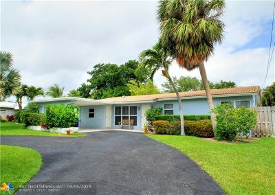 Lauderdale By The Sea Single Family Home For Sale: 227 N Tradewinds Ave