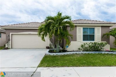 Boynton Beach Single Family Home For Sale: 9584 Verona Lakes Blvd