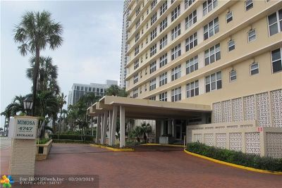 Miami Beach Condo/Townhouse For Sale: 4747 Collins Ave #101