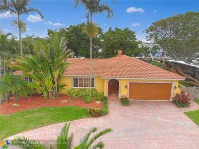 Pompano Beach Single Family Home For Sale: 2550 NE 16th St