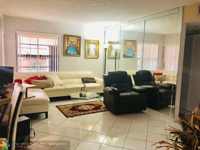 Miami Condo/Townhouse For Sale: 9285 SW 125th Ave #103