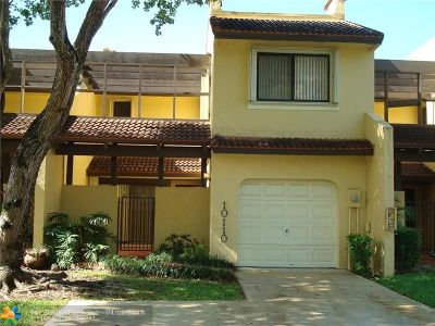 Doral Condo/Townhouse For Sale: 10110 Costa Del Sol Blvd #10110