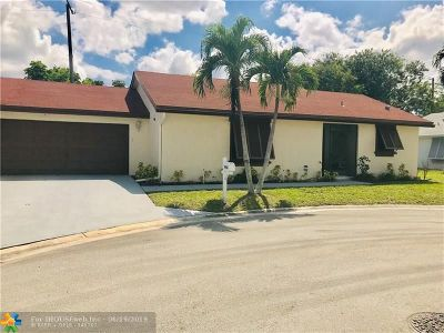 Boca Raton FL Condo/Townhouse For Sale: $259,000