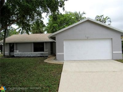 Deerfield Beach Single Family Home For Sale: 765 NW 42nd Way