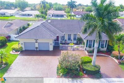 Coral Springs Single Family Home For Sale: 11246 Lakeview Dr