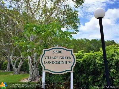 Boca Raton Condo/Townhouse For Sale: 9500 SW 3rd St #235B