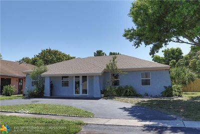 North Lauderdale Single Family Home For Sale: 7436 SW 14th Ct
