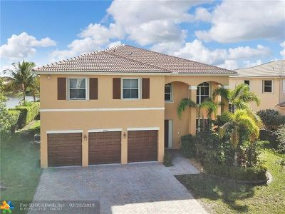 Cooper City Single Family Home For Sale: 10492 SW 54th Street