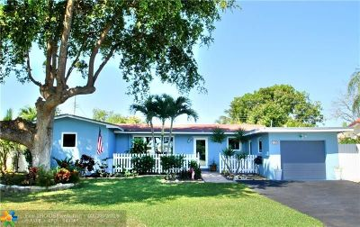 Pompano Beach Single Family Home For Sale: 841 SE 2nd Terr