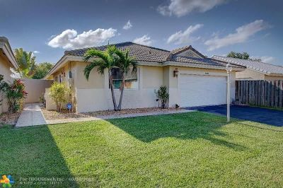 Davie Single Family Home For Sale: 6031 Swinden Ln