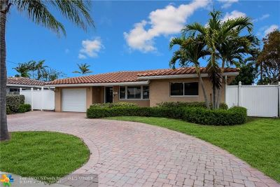 Pompano Beach Single Family Home For Sale: 241 SE 3rd St