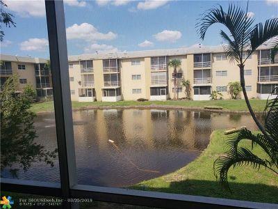 Lauderhill FL Condo/Townhouse For Sale: $55,000