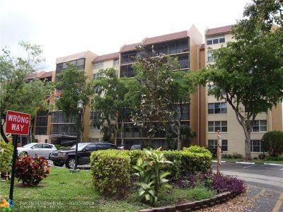 Lauderhill FL Condo/Townhouse For Sale: $64,000