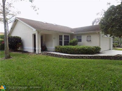 Boynton Beach Single Family Home For Sale: 4250 Grove Park Ln
