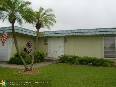 Tamarac Single Family Home For Sale: 7010 NW 63rd Ct