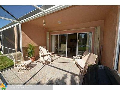 Boca Raton Condo/Townhouse For Sale: 8542 Via Serena #8542