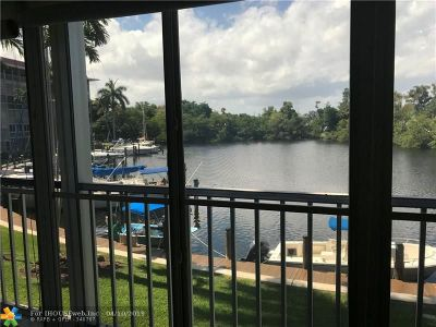 Deerfield Beach Condo/Townhouse For Sale: 1319 E Hillsboro Blvd #214