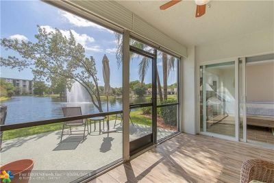 Pompano Beach FL Condo/Townhouse For Sale: $235,000