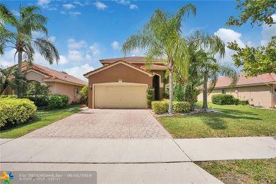Coconut Creek Single Family Home For Sale: 4697 Saint Simon Dr