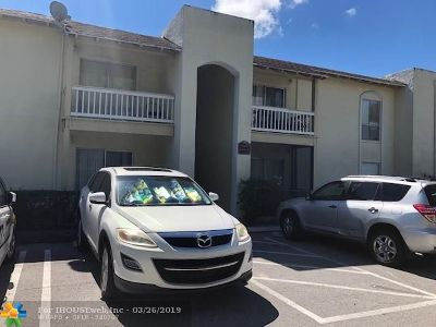 West Palm Beach Condo/Townhouse For Sale: 1500 N Congress Ave #c31