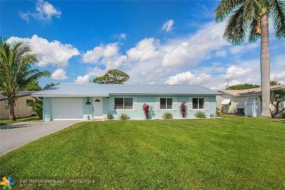 West Palm Beach Single Family Home For Sale: 14297 Joan Dr