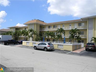 Fort Lauderdale Condo/Townhouse For Sale: 3061 NE 49th St #20
