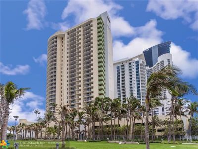 Sunny Isles Beach Condo/Townhouse For Sale: 17375 Collins Ave #602