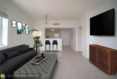 Coral Gables Condo/Townhouse For Sale: 3000 Coral Way #421