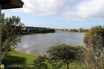 Pembroke Pines Condo/Townhouse For Sale: 550 SW 138th Ave #413 K