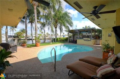 Pompano Beach Single Family Home For Sale: 420 SE 16th Ave