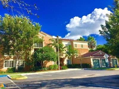 Coconut Creek Condo/Townhouse For Sale: 4820 N State Road 7 #10-303