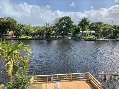 Wilton Manors Condo/Townhouse For Sale: 13 Middlesex Dr #13