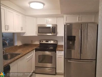 Margate Condo/Townhouse Backup Contract-Call LA: 1527 NW 80th Ave #30B