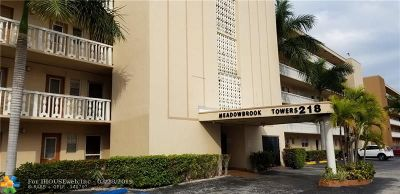 Hallandale Condo/Townhouse For Sale: 218 NE 12th Ave #108