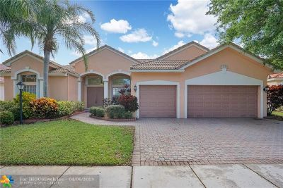 Pembroke Pines Single Family Home For Sale: 13186 NW 23rd St